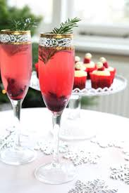 christmas champagne cocktails easy festive christmas cocktails scandimummy com