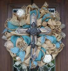 3371 best wreaths flowers images on burlap wreaths