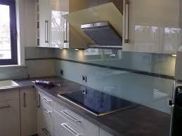 cuisine en verre cuisine en verre cuisine americaine meubles rangement
