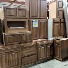 Parr Lumber Cabinet Outlet Shiloh Maple Coconut With Toasted Almond Glaze Cabinets Set 17