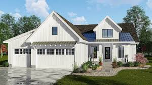 split bedrooms modern 3 bed farmhouse plan with split bedrooms 62725dj