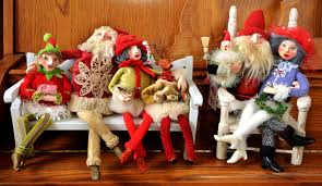 Old Fashioned Christmas Ornaments An Artist Uses Vintage Fabrics And More To Make Animals