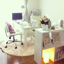 Home Salon Decorating Ideas Best 25 Nail Room Ideas On Pinterest Nail Salon Decor Nail