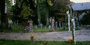 hollyween the graveyard