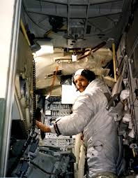 Modulk He Moon Bound Apollo 11 Neil Armstrong In Lunar Module Simulator