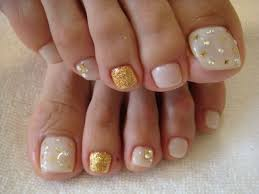 elegant fall autumn toe nail art designs ideas trends