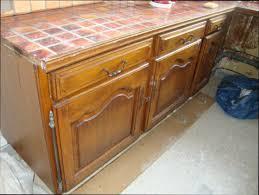 cache meuble cuisine cache meuble cuisine great meuble de cuisine haut portes pleines en