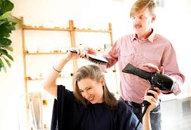 Hairstylist Classes Blow Drying 101 Styling Pro Offers Diy Class San Francisco