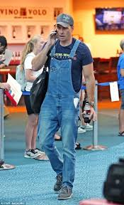 Dax Shepard Dax Shepard Looks Furious In Dungarees In Vancouver Daily Mail