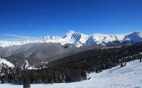 the 7 best ski resorts in north america for an affordable getaway