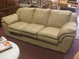 Tan Coloured Leather Sofas Uhuru Furniture U0026 Collectibles Sold Tan Leather Sofa 250