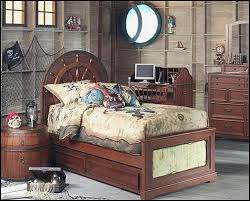 Jake And The Neverland Pirates Curtains Best 25 Pirate Bedroom Decor Ideas On Pinterest Childrens