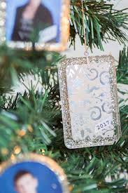 resin photo ornaments with easycast resin crafts