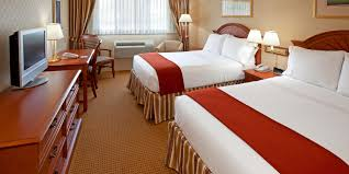 holiday inn express lynbrook rockville centre hotel by ihg