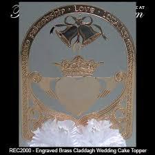 irish wedding cake topper claddagh in gold