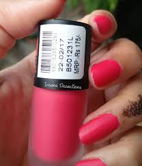 maybelline colorshow bright matte nailpolish peppy pink swatch