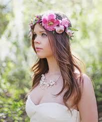 Romantische Frisuren Lange Haare by Brautfrisur Mit Blumenkranz Frisuren Mit Frischen Blumen