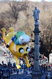 what time is the thanksgiving day parade 2014 macy u0027s thanksgiving day parade mayhem buzz lightyear balloon sent