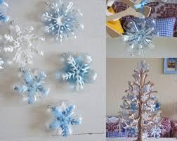 riciclare bicchieri di plastica l albero di natale con le bottiglie di plastica 5 idee con il