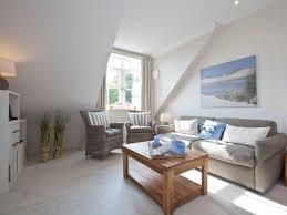 Moderne Wandgestaltung Wohnzimmer Lila Wohnzimmer Modern Einrichten Reuter Magazin Wohnzimmer