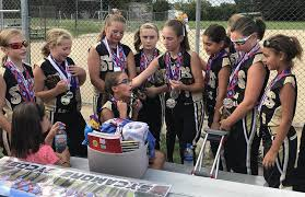 Wisconsin Travel Girls images Youth softball sycos find middle ground between rec league full jpg