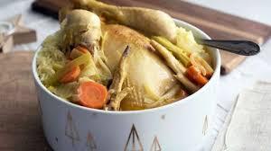 cuisiner poule poule au pot un indémodable plat d hiver recette par elise dit à