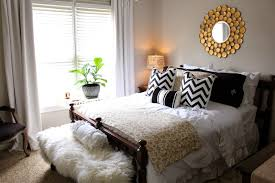 modern elegant guest bedroom decor ideas with nice unique wall