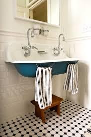 97 best fountains bubblers sinks images on pinterest bathroom 25 amazing vintage sink designs