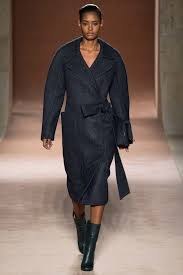 victoria beckham fall 2015 ready to wear collection vogue