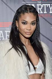 weave hairstyles with middle part 50 stylish ways to wear center part hairstyles fashionisers