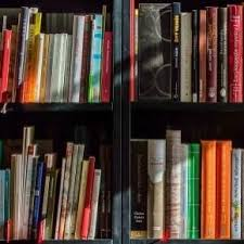 ovvio librerie organizzare grandi librerie pro e contro di ogni criterio