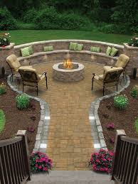 Cheap Backyard Landscaping by Best 25 Fire Pit Designs Ideas On Pinterest Firepit Ideas