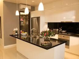 exemple de cuisine avec ilot central modele cuisine avec ilot cuisine ouverte avec ilot table 100 ides