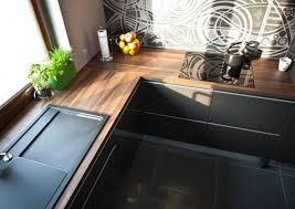 cuisine plan de travail bois massif plan de travail cuisine 50 idées de matériaux et couleurs plan