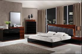 Bedroom Set With Leather Headboard Laura Modern Black Wenge Lacquered Bedroom Set With Black Leather