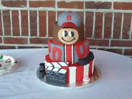ohio state graduation cake featuring brutus buckeye cakecentral com