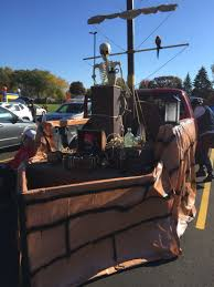 Halloween Trunk Decorations Pirate Ship Trunk Or Treating Holiday Ideas Pinterest Pirate