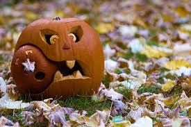 Funny Halloween Pumpkin Designs - 125 halloween pumpkin carving ideas digsdigs