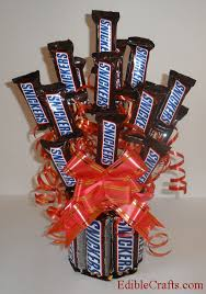 candy bar bouquet birthday gifts diy snickers candy bouquet