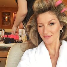 pageant curls hair cruellers versus curling iron the return of hot rollers why bombshell hair is making a comeback