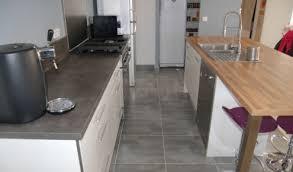 cuisine blanche avec ilot central ilot central cuisine bois dix modles de cuisines design pas chres