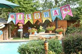 Tropical Themed Party Decorations - tropical luau party giggles galore bloom designs