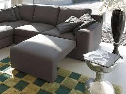 canapé avec repose pied vanity a canapé d angle moderne avec repose pieds méridienne