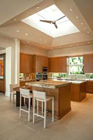cuisine chene massif moderne meuble de cuisine bois massif meuble cuisine chene blanchi billot