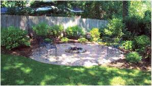 Front Yard Retaining Walls Landscaping Ideas - backyards appealing retaining walls for sloped backyards allow