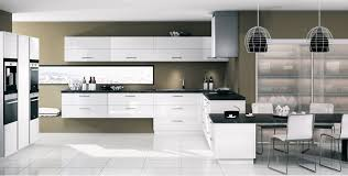 meuble cuisine blanc laqué cuisine équipée kiffa blanc brillant mobalpa cuisine mobalpa