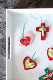 easy felt ornament gift toppers the sewing rabbit