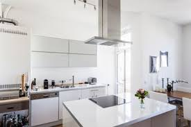 get top price for your home by decorating it to sell