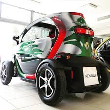 renault twizy launching the renault twizy test drive renaultlebanon100