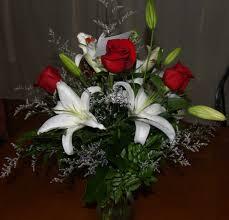 sending flowers to someone best flower 2017